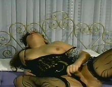 Chubby and hairy german babe masturbating