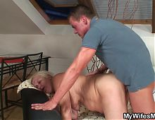 Old blonde mother in law begging for doggy-sex