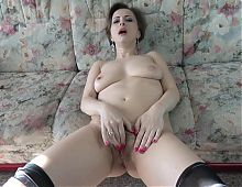 Beautiful amateur MILF with perfect body