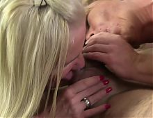 XXX OMAS - German grannies share cock and cum in threesome