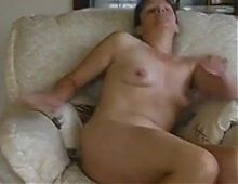French matura masturbating