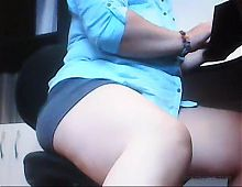 Upskirt Mom! Virtual sex on my computer! Amateur hidden cam!