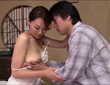 Sexy japanese mom and a young boy (part 1)